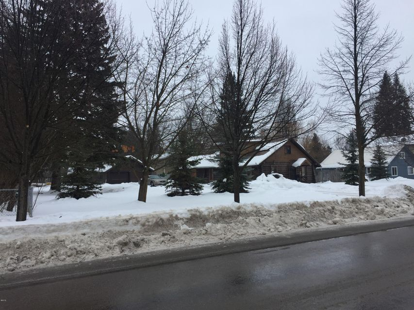 Additional photo for property listing at 913 Columbia Avenue 913 Columbia Avenue Whitefish, Montana 59937 United States