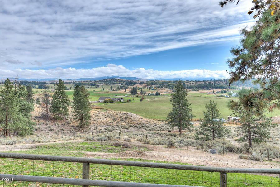 Additional photo for property listing at 599 Groff Lane 599 Groff Lane Stevensville, Montana 59870 United States