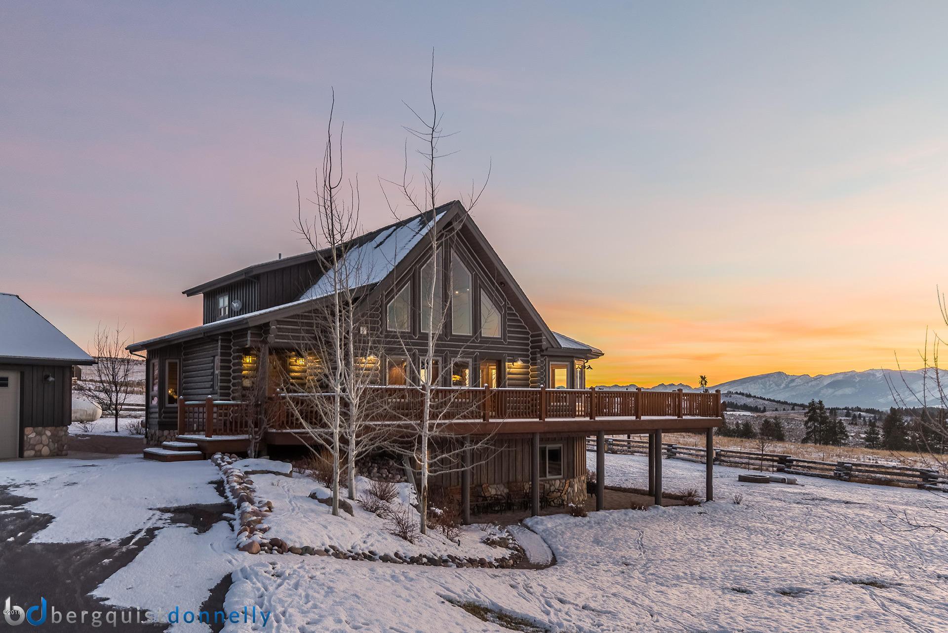 Einfamilienhaus für Verkauf beim Beautiful Log Home in Stevensville Stevensville, Montana,59870 Vereinigte Staaten