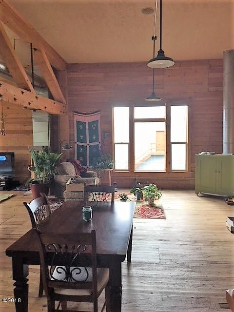 Additional photo for property listing at 808 South 1st Street 808 South 1st Street Hamilton, Montana 59840 United States