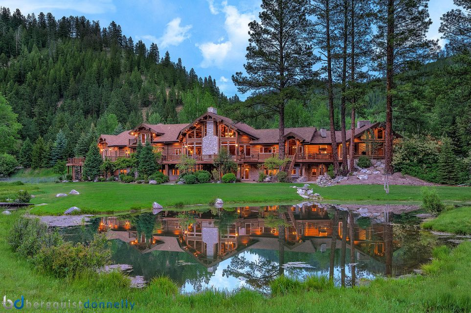 Single Family Home for Sale at 7229 West Fork Road 7229 West Fork Road Darby, Montana 59829 United States