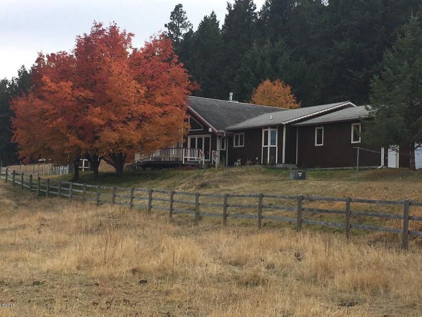Single Family Home for Sale at 395 White Basin Road 395 White Basin Road Kalispell, Montana 59901 United States