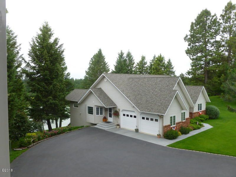 Single Family Home for Sale at 1900 Riverwood Drive 1900 Riverwood Drive Columbia Falls, Montana 59912 United States