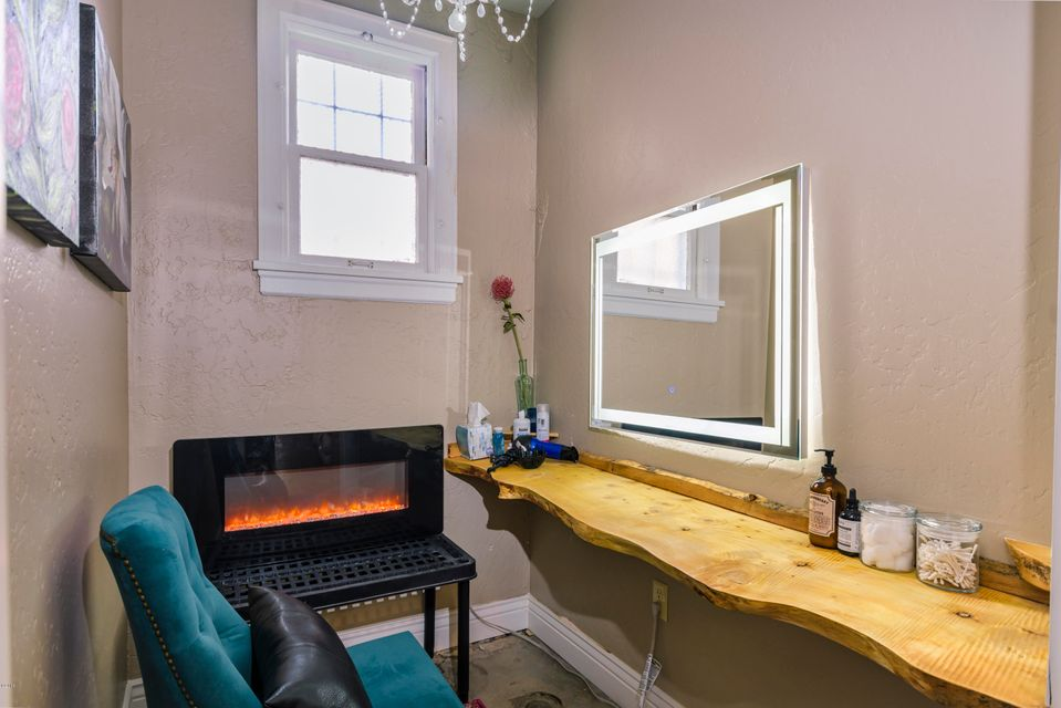 Additional photo for property listing at 521 South Higgins Avenue 521 South Higgins Avenue Missoula, Montana 59801 United States