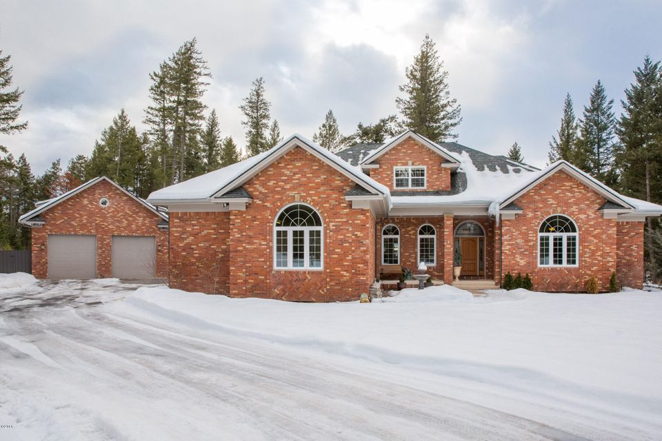 Single Family Home for Sale at 30 Wood Ridge Drive 30 Wood Ridge Drive Columbia Falls, Montana 59912 United States