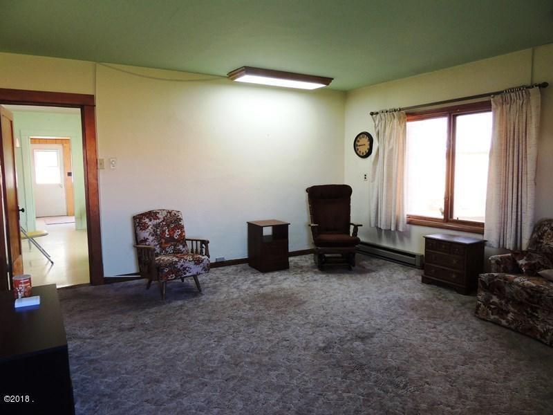 12 livingroom 1