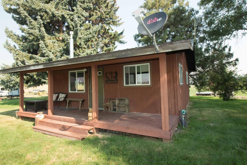 Single Family Home for Sale at 2925 Home Acres Road 2925 Home Acres Road Stevensville, Montana 59870 United States
