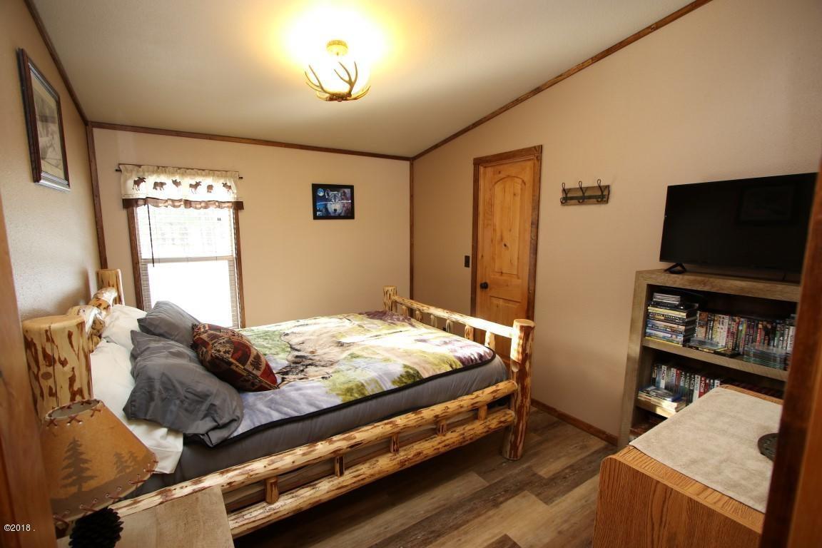 720 Southwood Court guest bedroom 2 (Med
