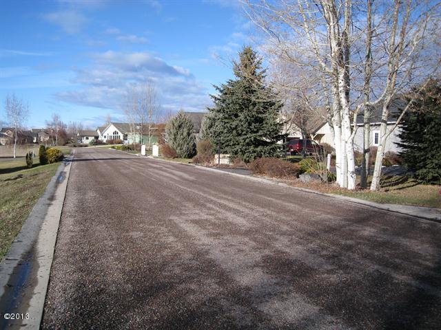 007_Road Looking North