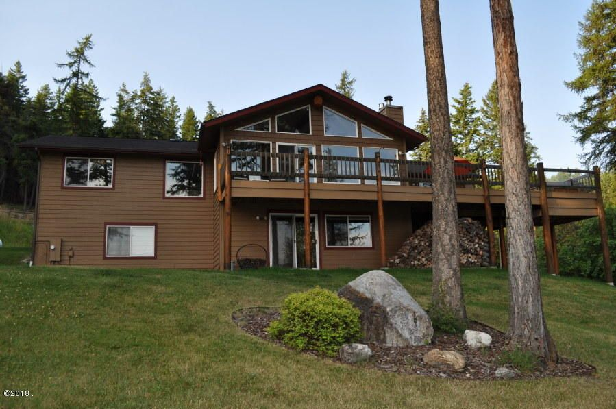 Single Family Home for Sale at 300 Tamarack Woods Drive 300 Tamarack Woods Drive Lakeside, Montana 59922 United States