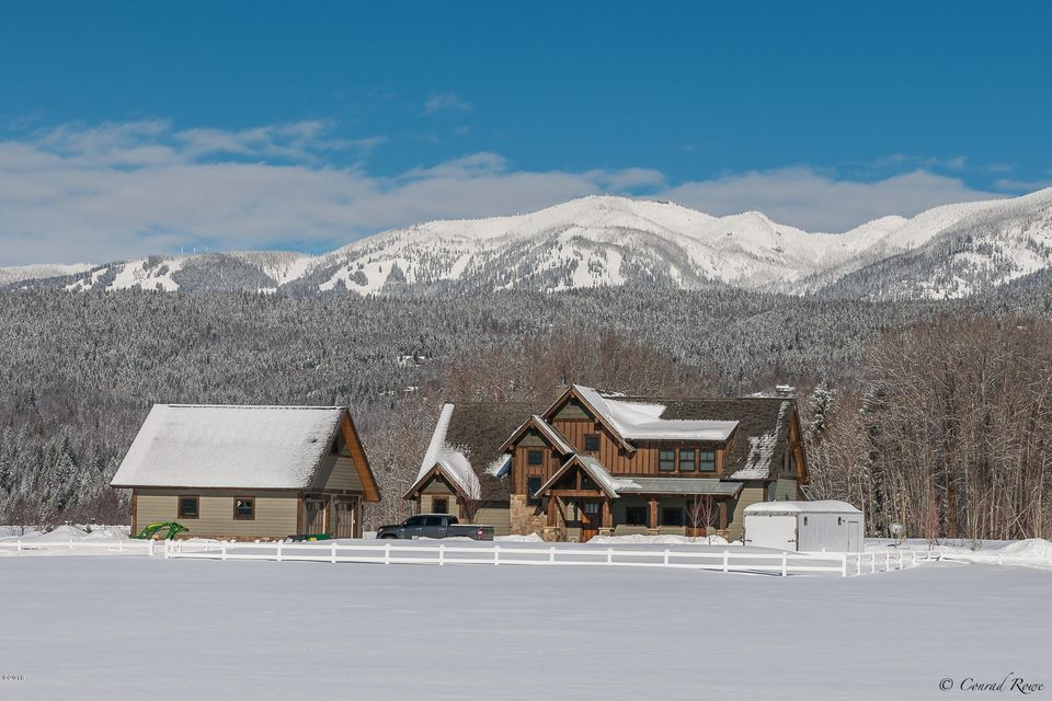 Single Family Home for Sale at 1490 East Edgewood Drive 1490 East Edgewood Drive Whitefish, Montana 59937 United States