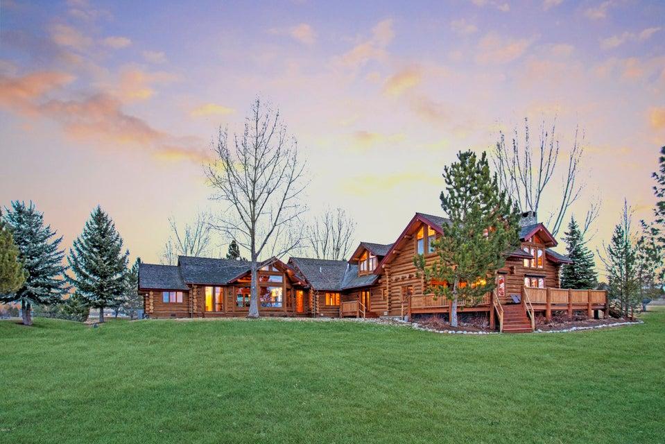 Single Family Home for Sale at 533 Diamond 3 Road 533 Diamond 3 Road Corvallis, Montana 59828 United States