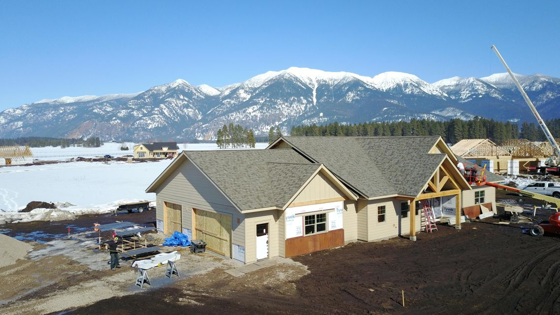Single Family Home for Sale at 21 Towering Pine Court 21 Towering Pine Court Kalispell, Montana 59901 United States
