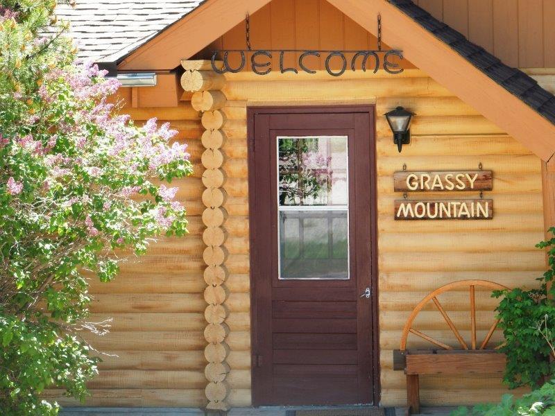 Single Family Home for Sale at 100 Grassy Mountain 100 Grassy Mountain White Sulphur Springs, Montana 59645 United States