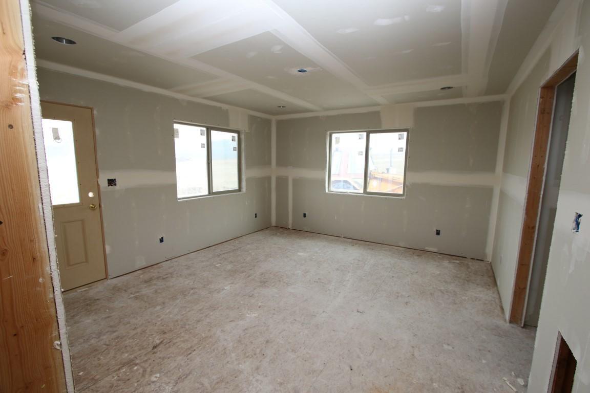 25 Blaisdell Road  master bedroom (Mediu