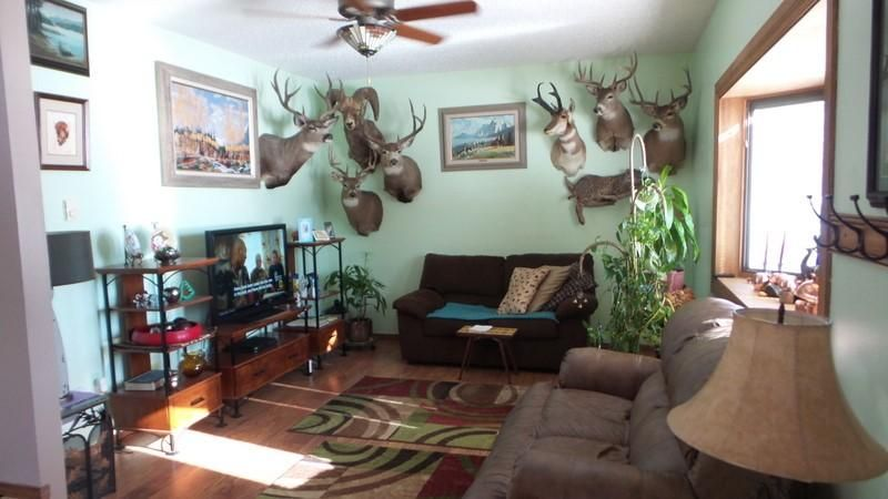 030_Living Room
