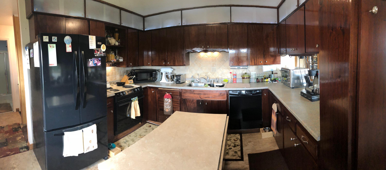 024 Upstairs Kitchen 01