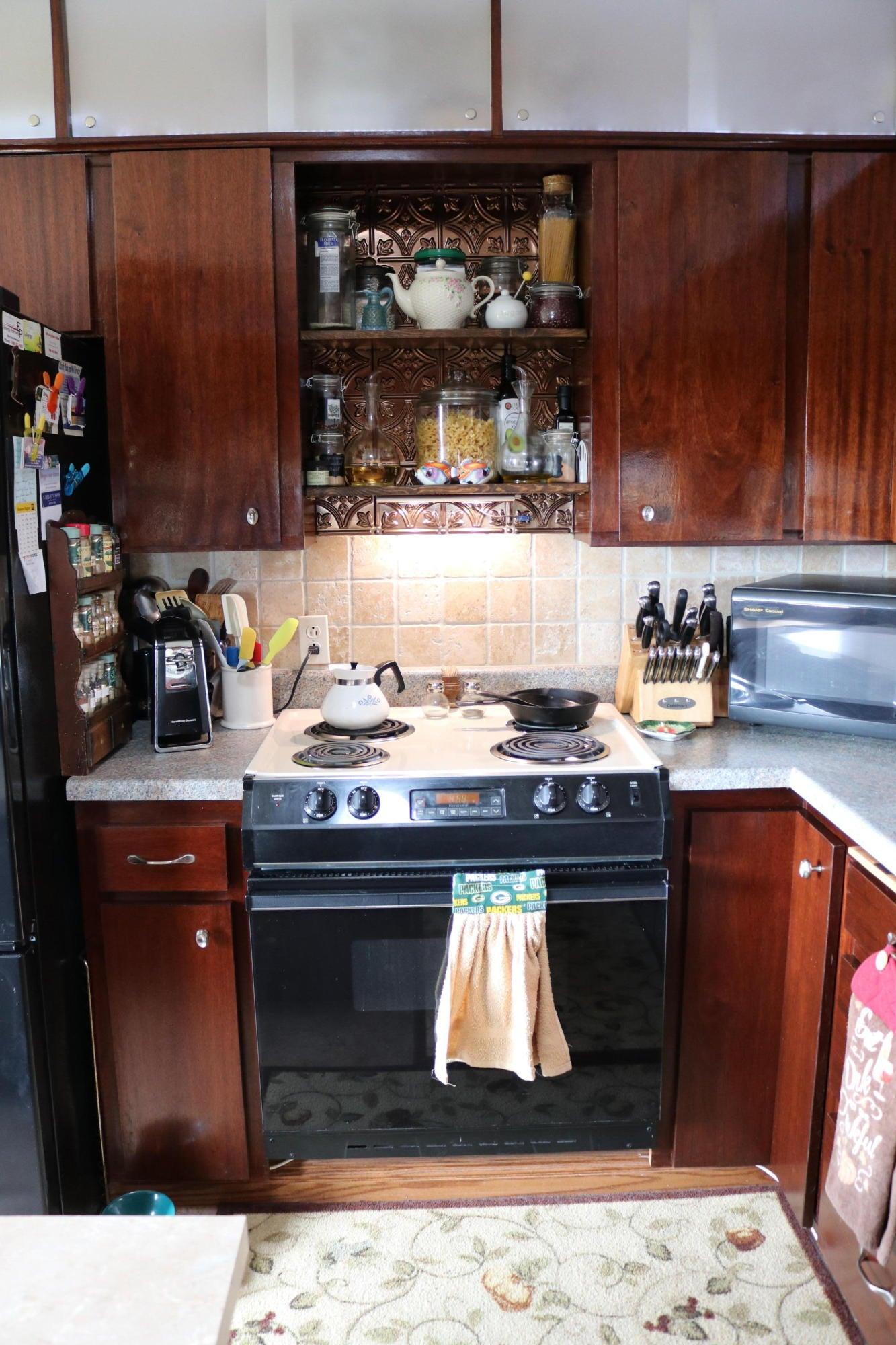 026 Upstairs Kitchen 05
