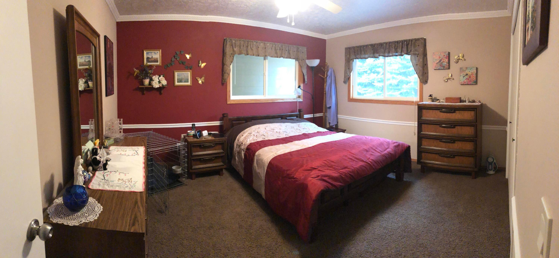 033 Upstairs Bedroom 01