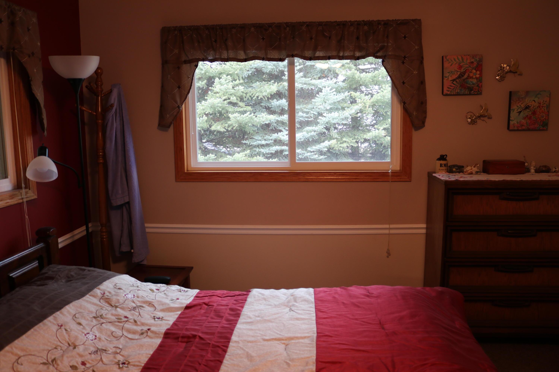 034 Upstairs Bedroom 02