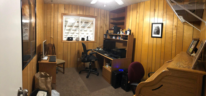 037 Upstairs Office
