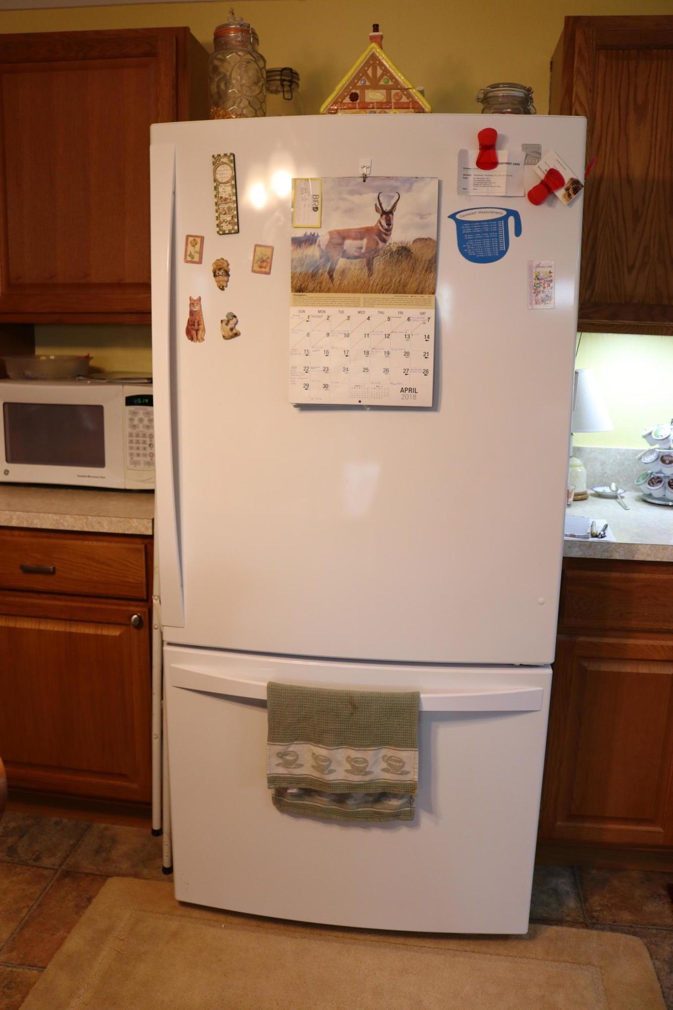 044 Downstairs Kitchen 03