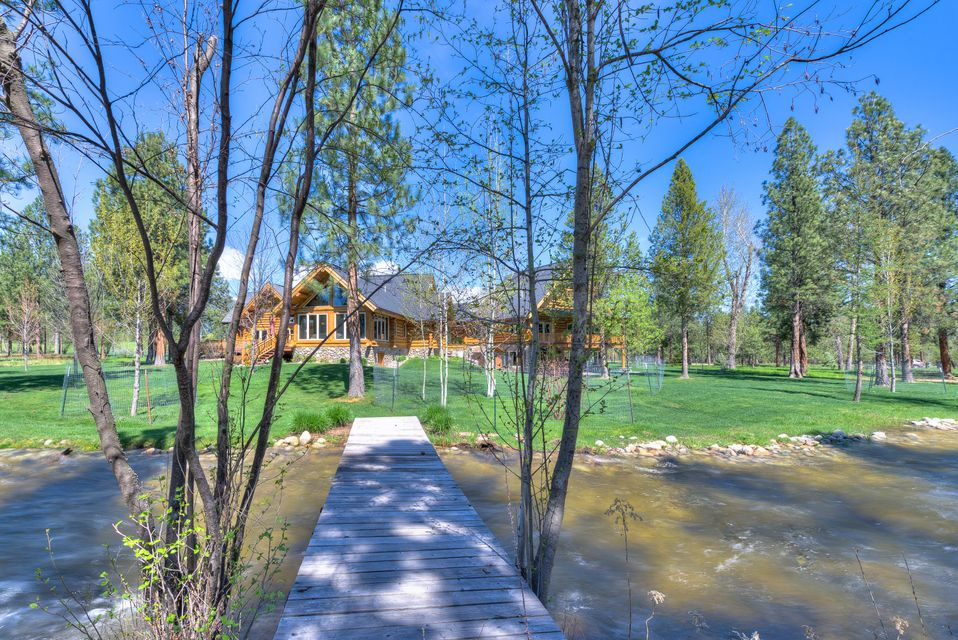 Home for Sale at 2206 Middle Bear Creek Road in Victor, Montana for ...
