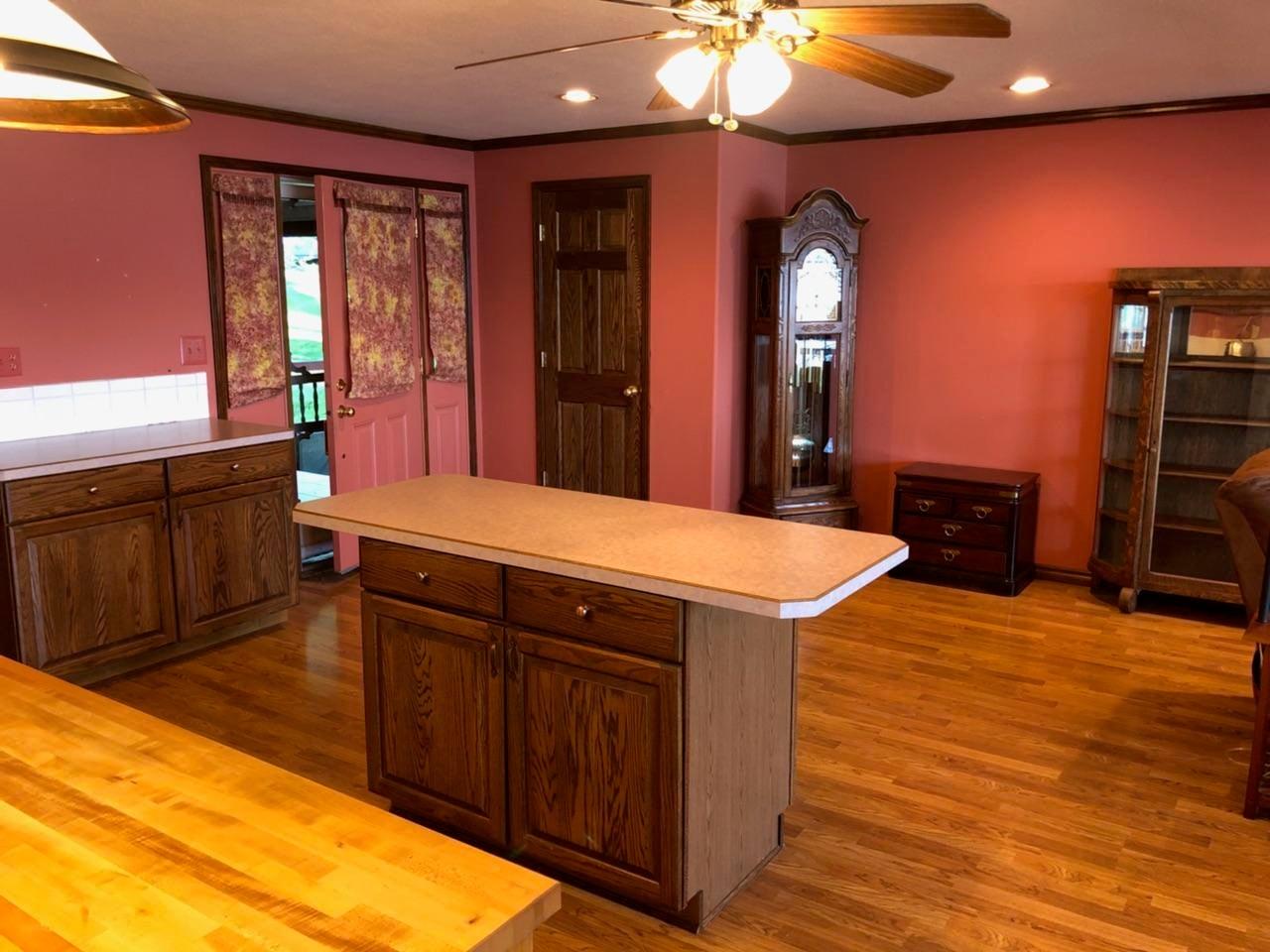 Open Kitchen & Entry