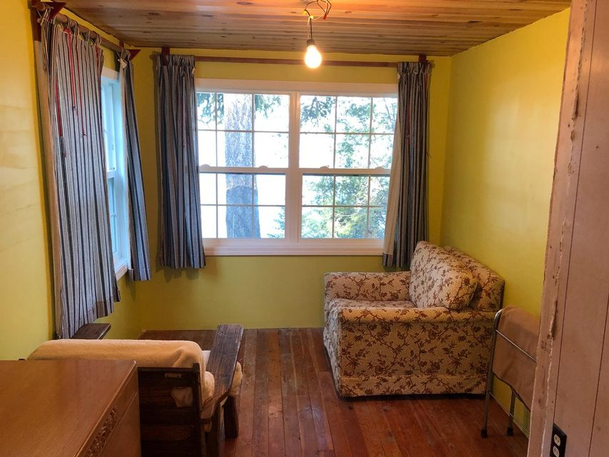Upper Level Guest Bedroom 2