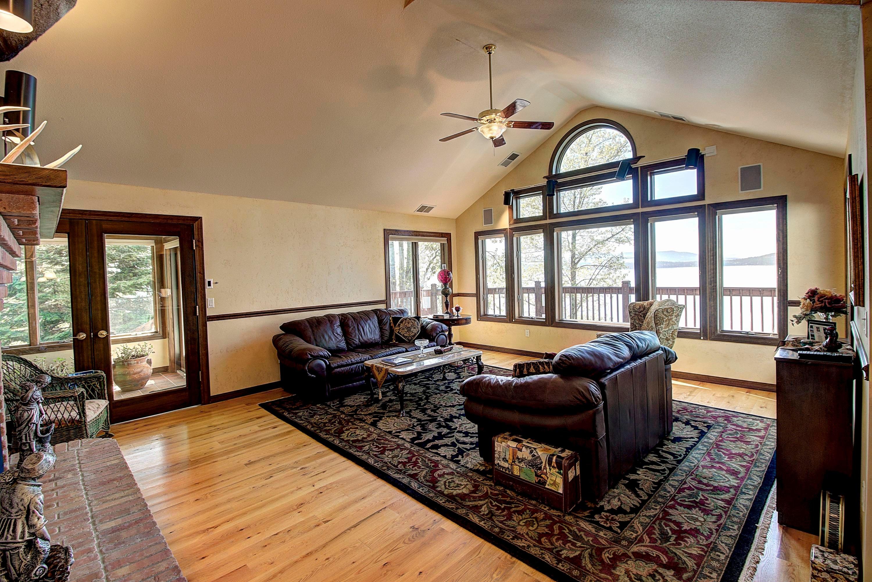 029_Living Room