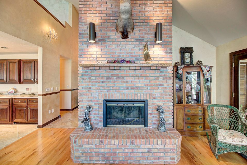 031_Fireplace