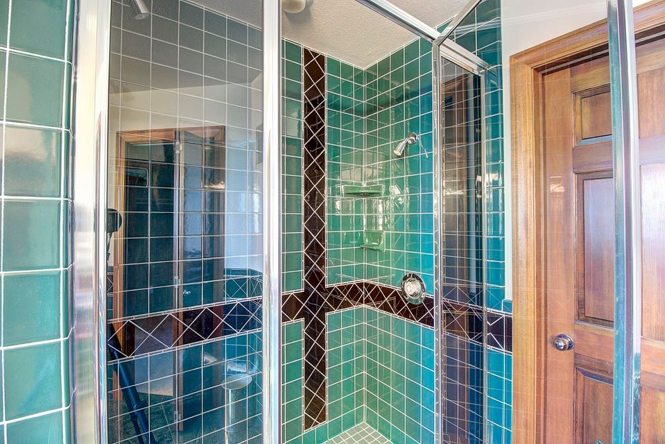 043_Master Bathroom