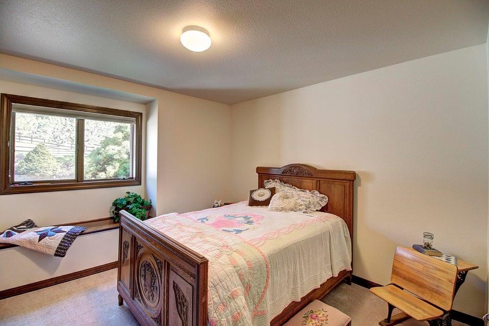 048_Guest Bedroom 1