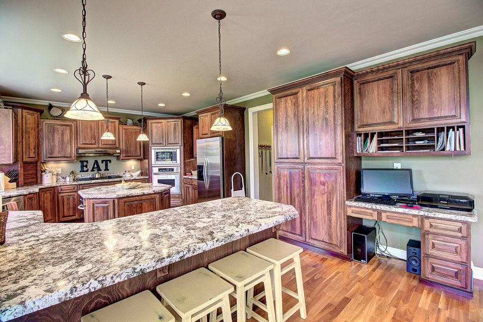 Additional Photo For Property Listing At 119 West Bowman Drive 119 West  Bowman Drive Kalispell,