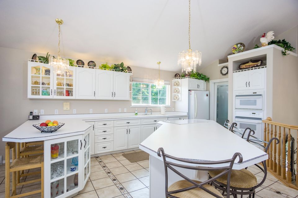Kitchen to Spacious Pantry