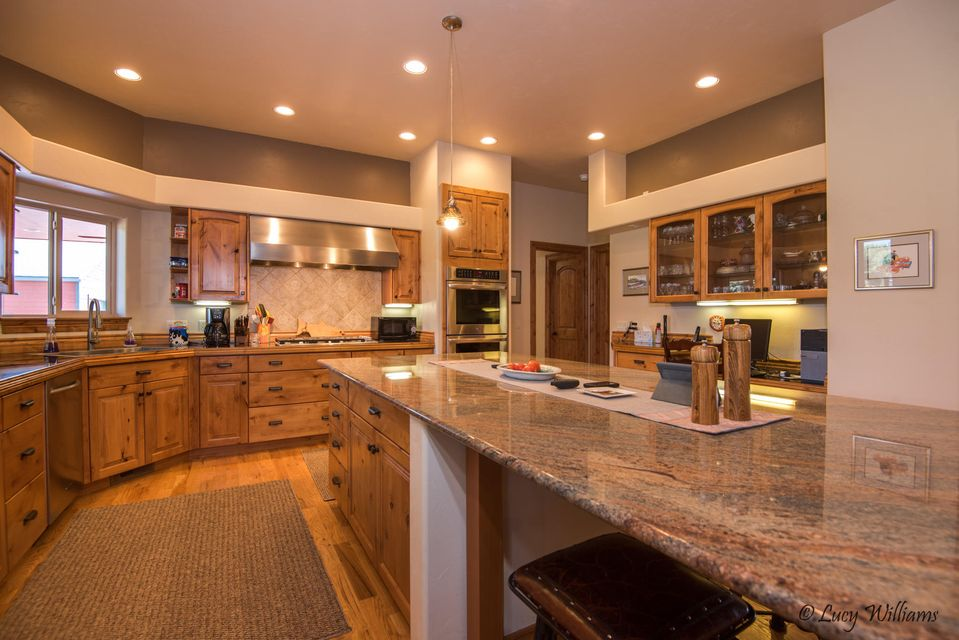 Great Kitchen Work-Space