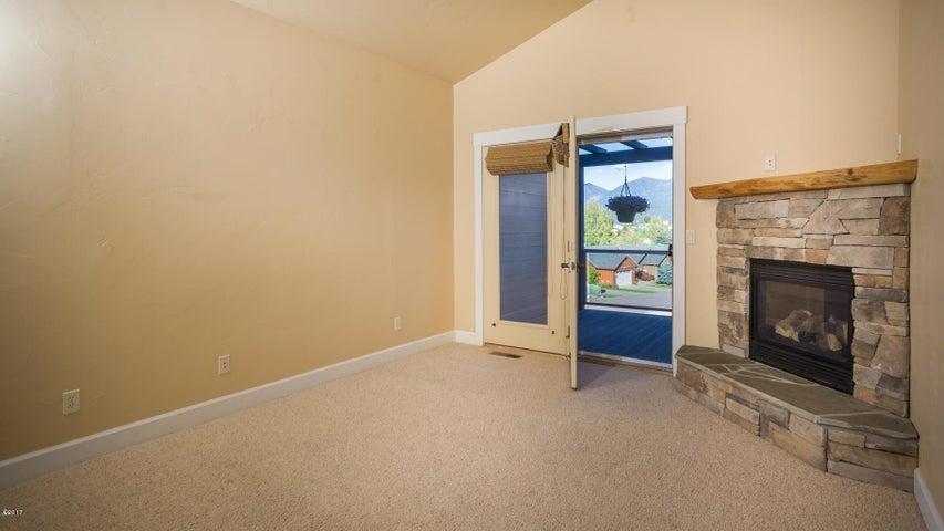 417 master bedroom