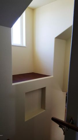 alcove @ staircase