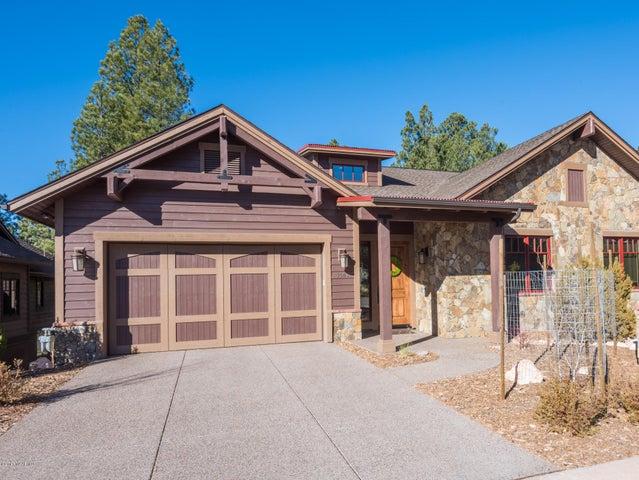 Photo of 1506 E Castle Hills Drive, Flagstaff, AZ 86005