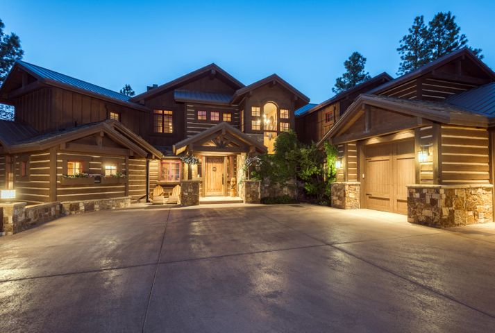 Photo of 2550 E La Serena Drive, Flagstaff, AZ 86005