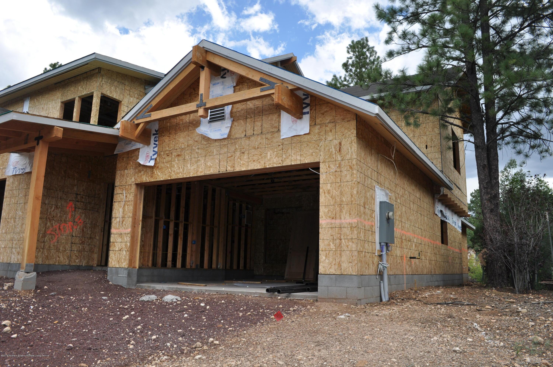 Photo of 1531 E Castle Hills Drive, Flagstaff, AZ 86005