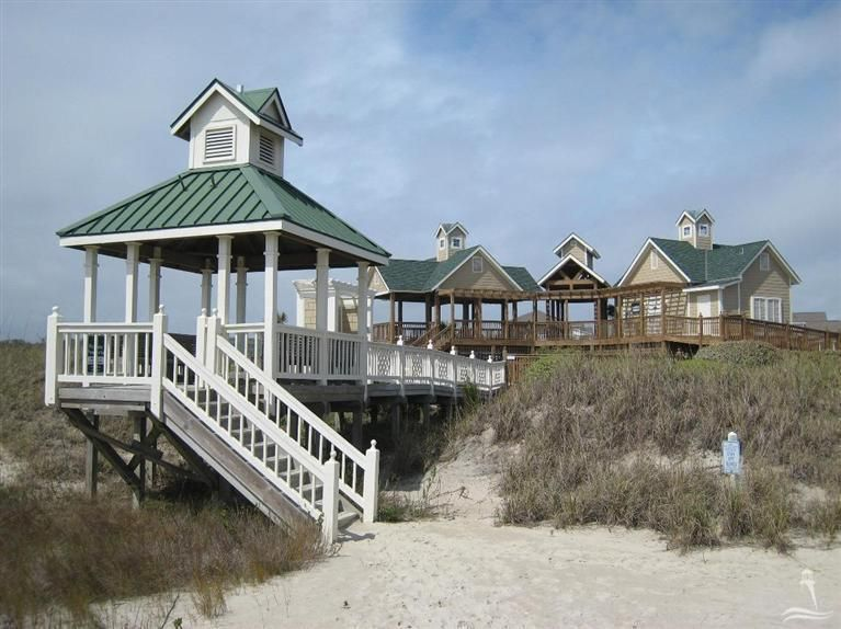 RE/MAX at the Beach - MLS Number: 20685555