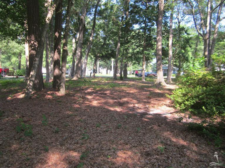 Shoreline Woods Real Estate - http://cdn.resize.sparkplatform.com/ncr/1024x768/true/20160115084917404558000000-o.jpg