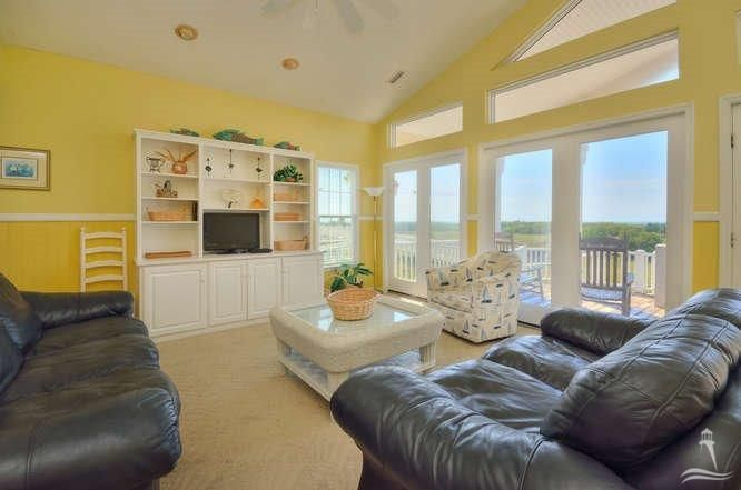 RE/MAX at the Beach - MLS Number: 20695628