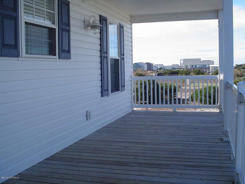 E. Long Beach Real Estate - http://cdn.resize.sparkplatform.com/ncr/1024x768/true/20160219192445147246000000-o.jpg