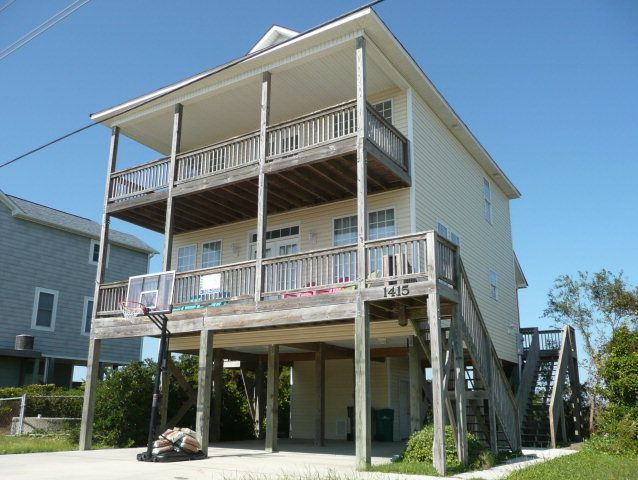 1415 N New River Drive, Surf City, NC 28445