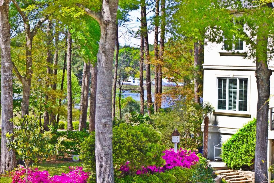 Devaun Park Real Estate - http://cdn.resize.sparkplatform.com/ncr/1024x768/true/20160409194412464958000000-o.jpg