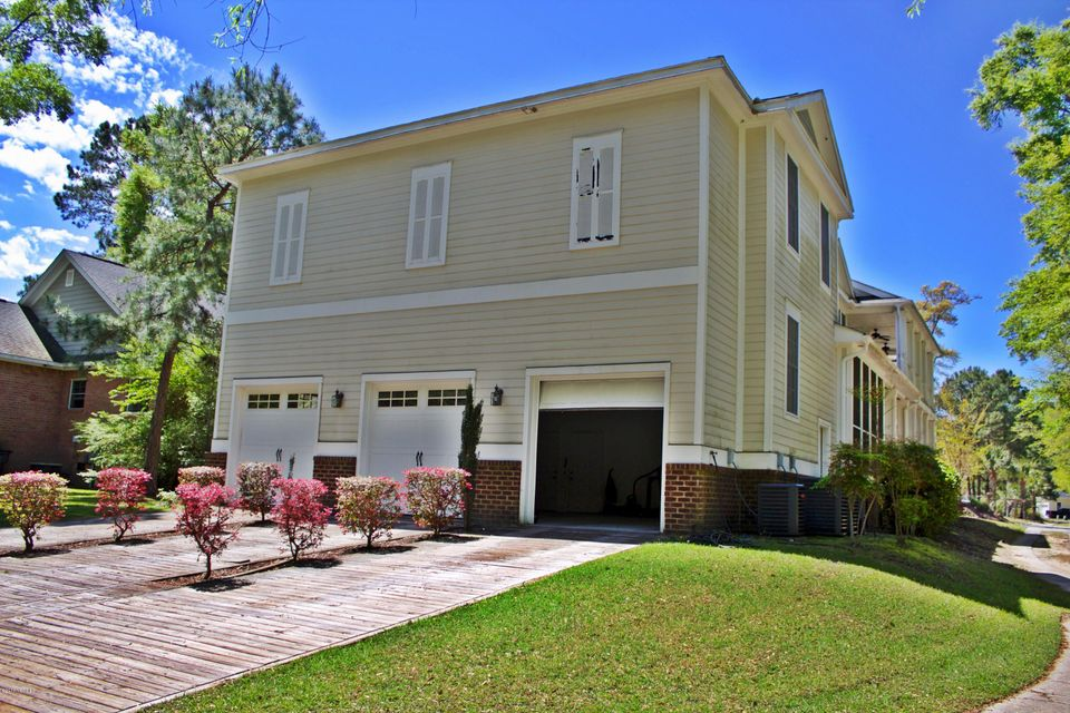 Devaun Park Real Estate - http://cdn.resize.sparkplatform.com/ncr/1024x768/true/20160411215941828664000000-o.jpg