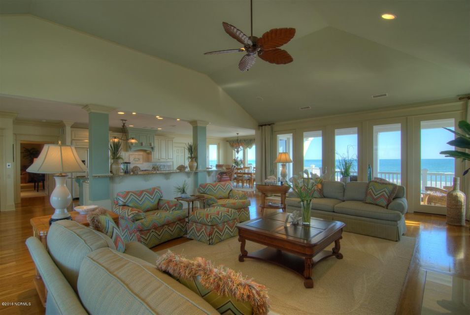 Figure Eight Island Real Estate - http://cdn.resize.sparkplatform.com/ncr/1024x768/true/20160505063707479825000000-o.jpg