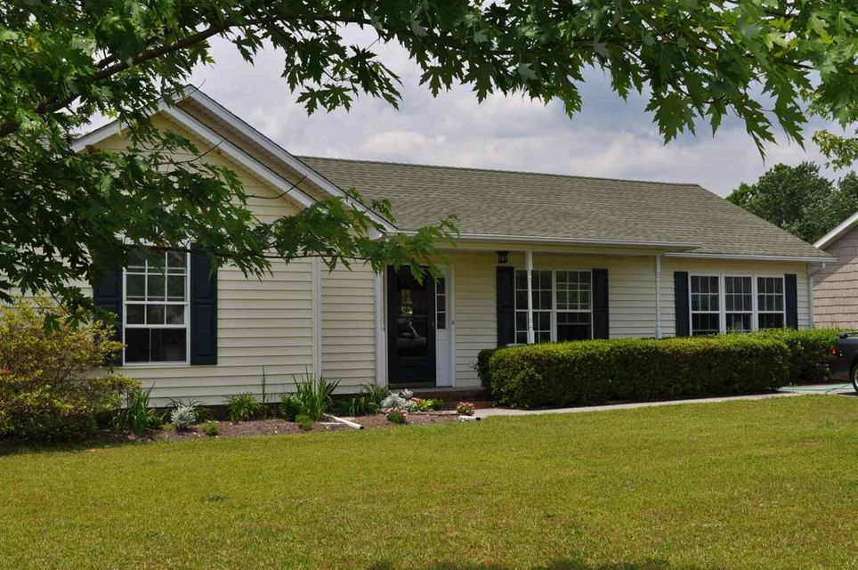 102 Granny Drive, Sneads Ferry, NC 28460